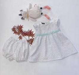 Kurzes Kleidchen Blumig - mit passender Hose