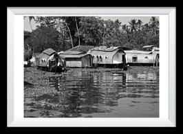 Houseboat Parking Lot