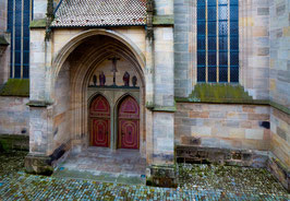 "Fotografie ""Dinkelsbühl – Münster St. Georg, Seitenportal"""