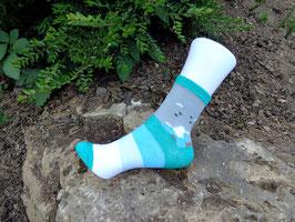 Jungs Socken aus Bambus Viskose,  Blockstreifen in türkis-grau, Gr. 27/30,  türkis-graue Töne