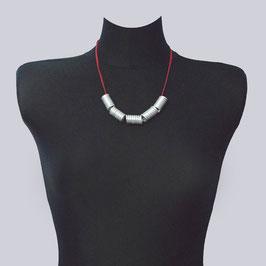 Schöne Samt-Halskette Jea  Red, rot/silberfarben
