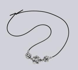 Wunderschöne, elastische Halskette Linja-me