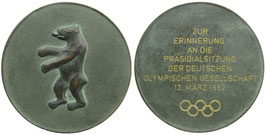 Berlin 1952. Large Bronzemedal 1952 commemoraitng the presidentioal meeting of the German Olympic Society.
