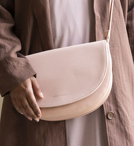 Monk & Anna // Soma half moon bag | dawn