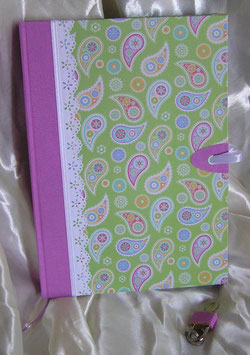 "Tagebuch Notizbuch Skizzenbuch mit Schloss ""Spring"""