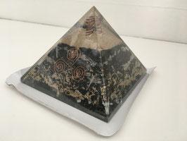 Orgon-Pyramide Selenit, schwarzer Turmalin, Kristallspitze