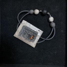Armband, Weiß mit Koralle