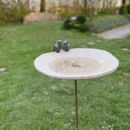 Vogeltränke mit Vogelpaar