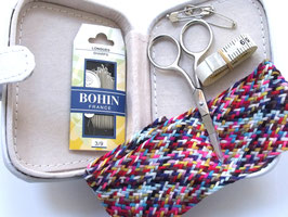 BOHIN SEWING KIT 12cm x 9cm x 3cm
