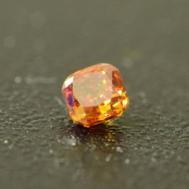 0,17 ct, Fancy Deep Yellowish Orange, VS2, Radiant, IGI Certified