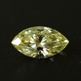 0,62 ct, W-X (light yellow), SI2, Marquise, GIA Certified