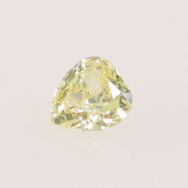 0,05 ct, Fancy Light Greenish Yellow*, VS*, Pear
