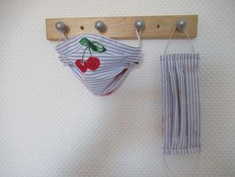 Behelfsmaske mit Kirschen und Streifen zum Wenden