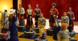 """Schachfigurensatz """"Piraten der Karibik vs. Royal Navy"""" ohne Schachbrett"""