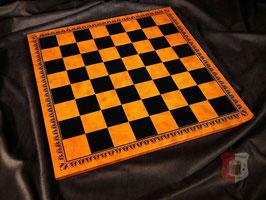 Schachbrett aus Salpaleder braun marmoriert mit schwarzem Prägedruck, Feldgröße 50mm