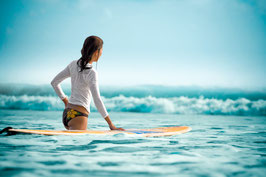 Glasbild Surfgirl