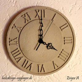 Römische Uhr aus Beton