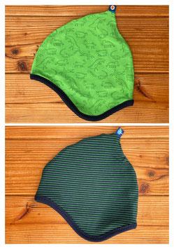 Saurier grün + Streifen dunkelblau/grün - Wendezipfelmütze Jersey M