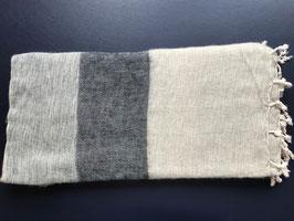 Große gestreifte Yak Wolldecke (verschiedene Grautöne)