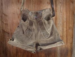 Lederhosentasche aus grauer Wildlederhose