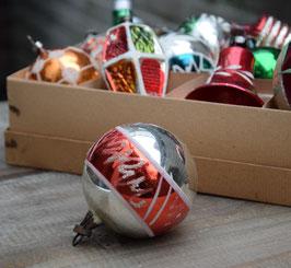 Kerstbal zilver/rood, gesuikerde zigzag