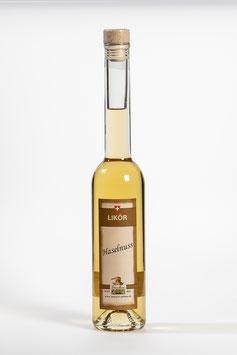 Haselnuss-Likör - Liqueur de noisettes