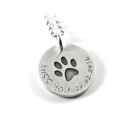 Anhänger Symbol Hundepfote | Pfote und Kette aus 925 Silber Namenskette mit individueller Gravur PS323 KE2