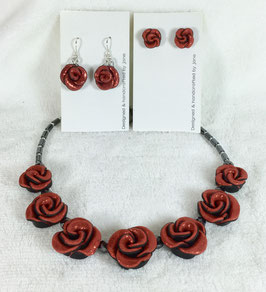 Glittery Red Rose Necklace Set