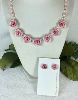 Two-toned Soft Pink Rose Necklace Set