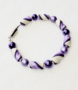 Two Shades of Purple and White Twist Bead Bracelet