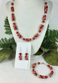 Glittery Red Twist Bead Necklace Set