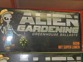 Aliens Gardening 600w