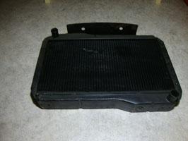 MG A Twin Cam:         Kühler / Radiator