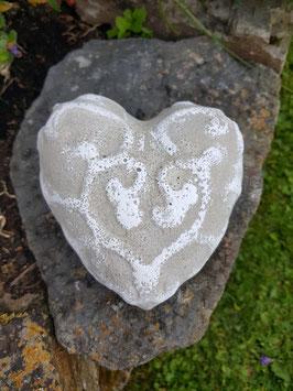 Herz mit Relief - weiß -