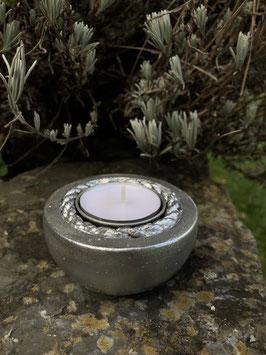 Schlichtes Teelicht -silber-