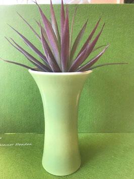 Kelchvase klein, 17 cm, fondgespritzt hellgrün