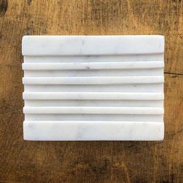 Seifenablage aus weißem Marmor