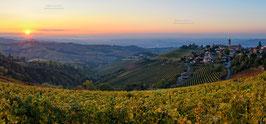 07 - Treiso e le colline delle Langhe al tramonto
