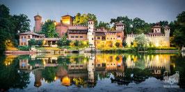 09 - Il Borgo Medievale riflesso nel Po