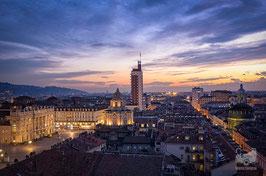 04 - Piazza Castello al tramonto