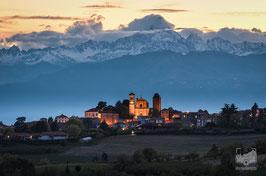 22 - Pecetto torinese e il Monviso al tramonto