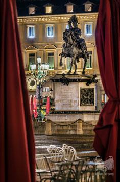 31 - Si apre il sipario su Piazza San Carlo