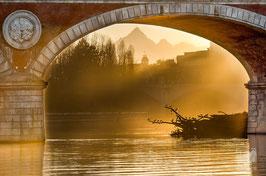 10 - Il ponte Isabella e il Monviso al tramonto