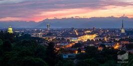 07 - Lo skyline cittadino al tramonto