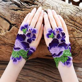 花刺繍 ハンドアクセサリ