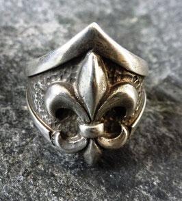 """Ring """"Fleur de Lis"""""""