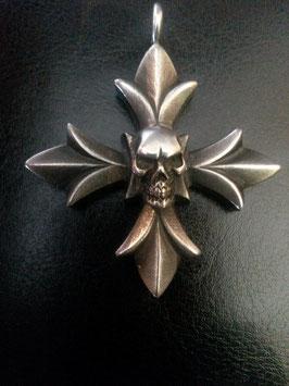Lilienkreuz mit Skull