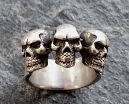 """""""3 Skulls"""