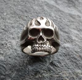 """Skull w. Flames"""