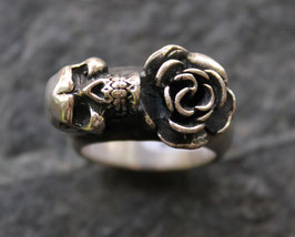 Ring Skull/ Rose